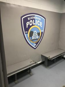 Bloom_Police_holding_cell_IMG_2563